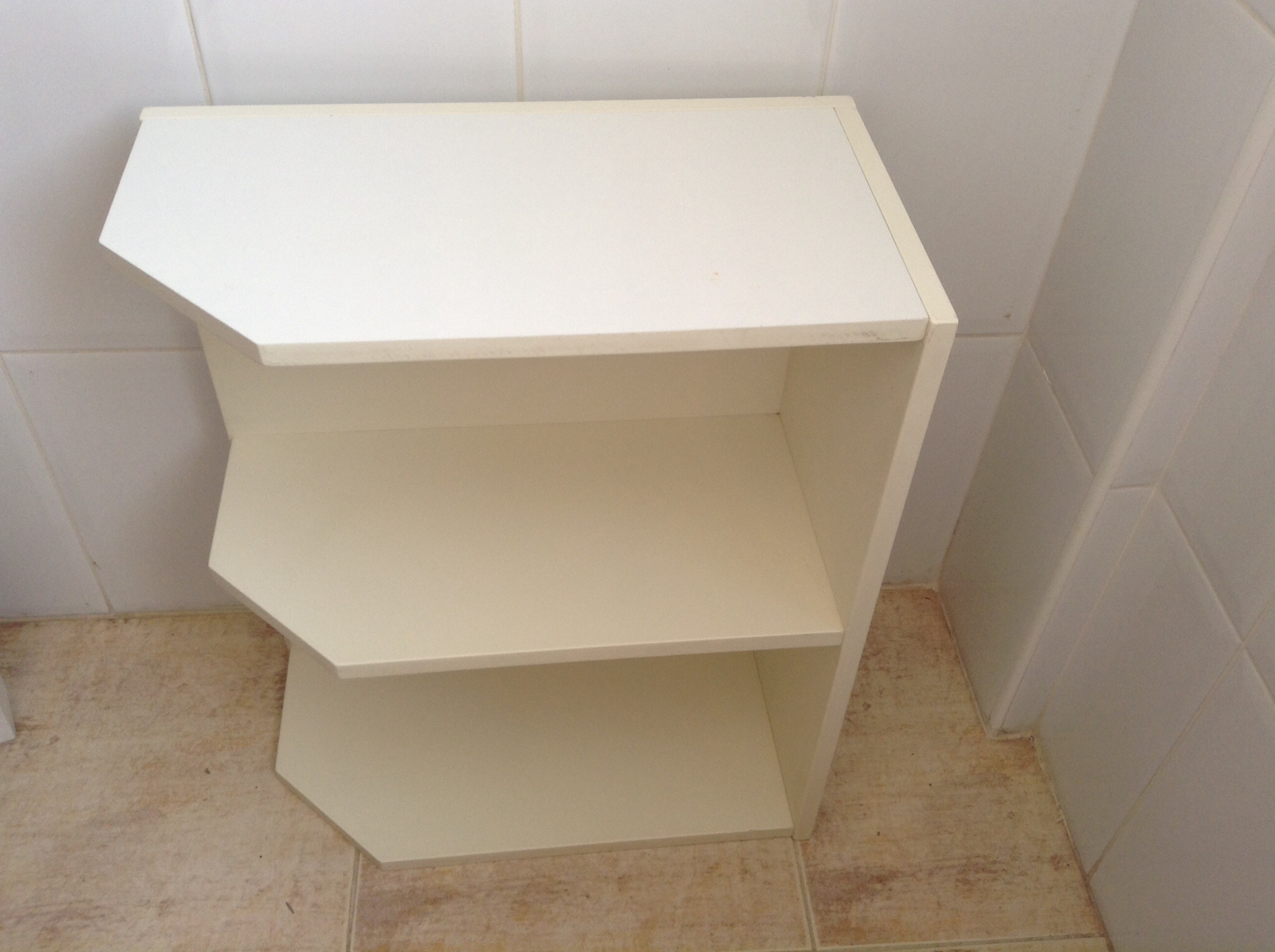 For sale White corner shelf unit Buy and sell items in Las