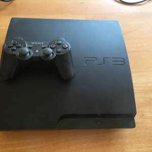 For sale: 120GB PlayStation 3 with controller - €35
