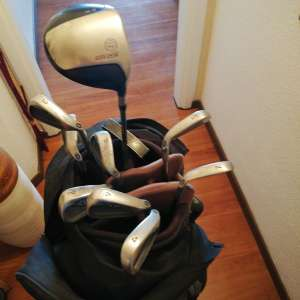 For sale: Golf club's and bag