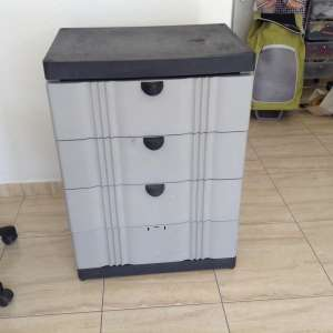 For sale: tool's storage unit