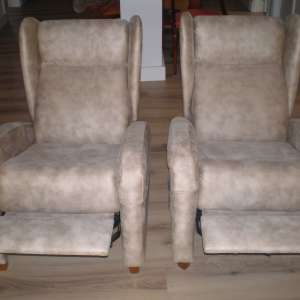 For sale: RELAXER RECLINING CHAIRS - €300